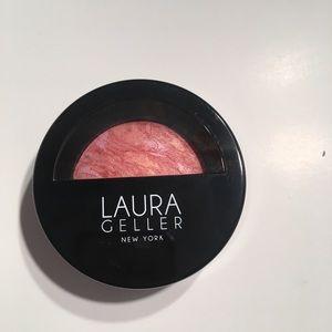 Laura Geller baked blush tropic hues
